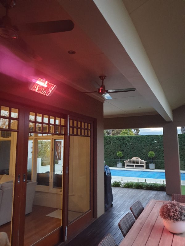 Heliosa 66 Effective Outdoor Infrared Heating